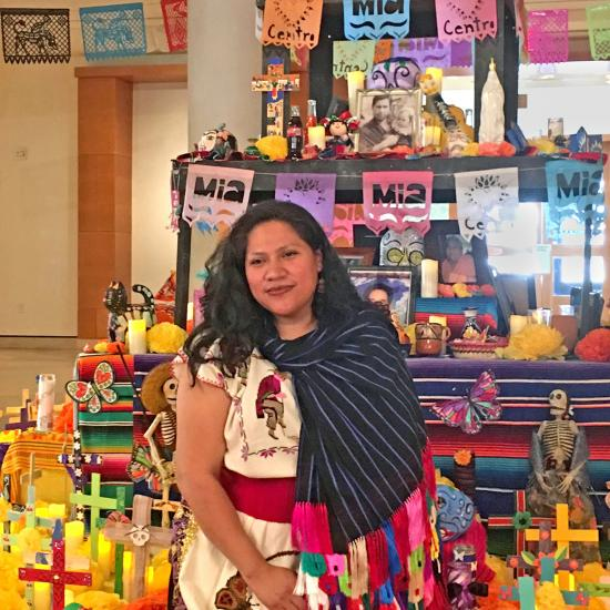 Monica Vega, Latino Leadership alumna with ofrenda